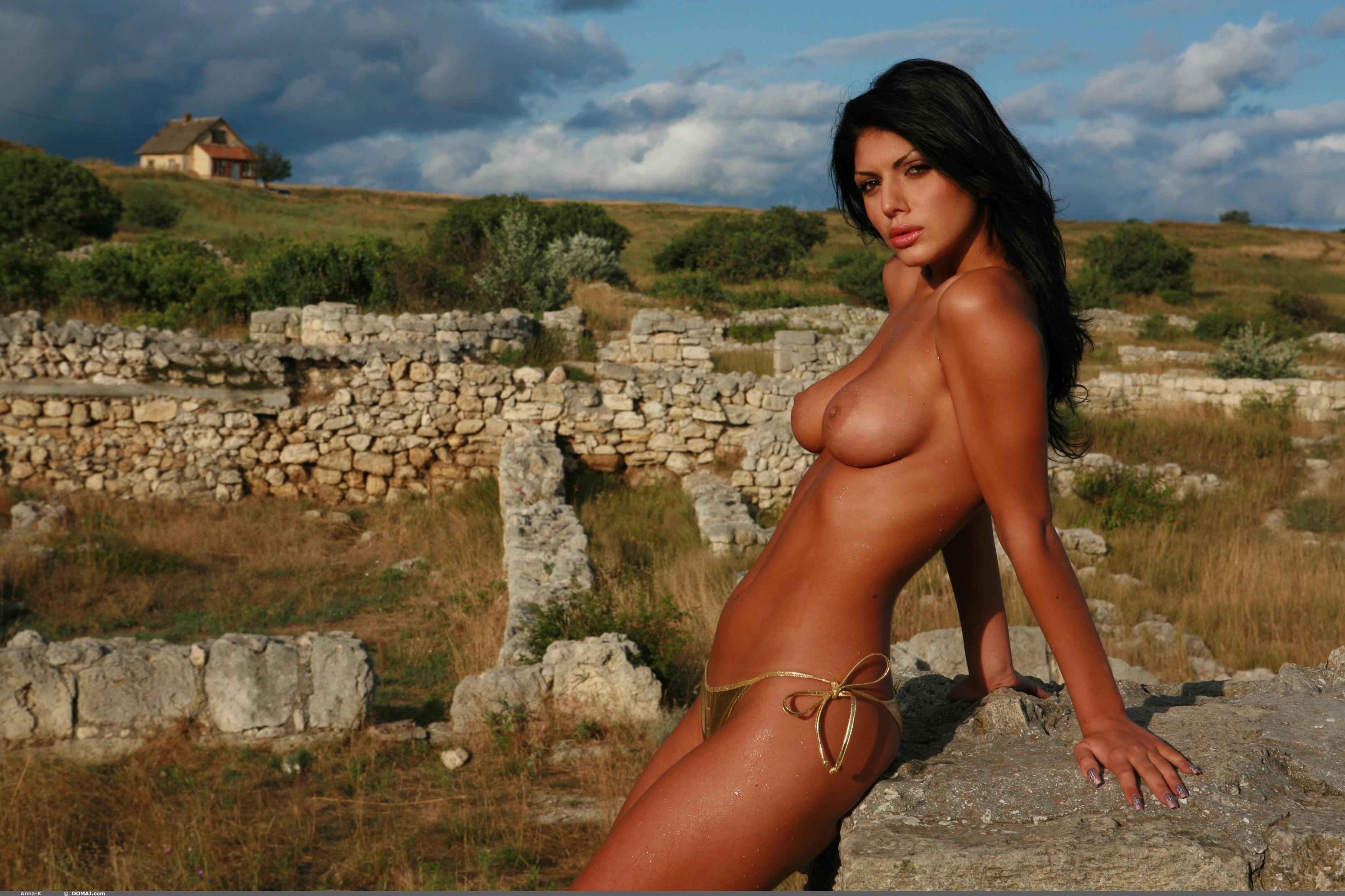 Фото горячих голых ищязных девушек 8 фотография