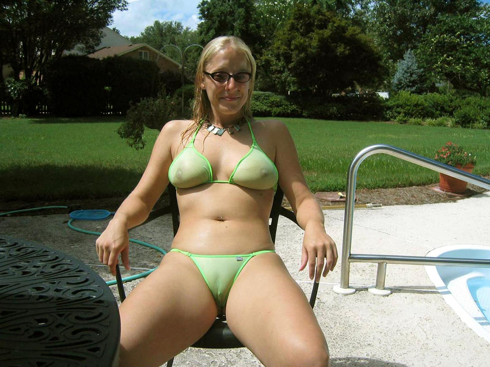 Порно фото зрелых женщин в купальниках