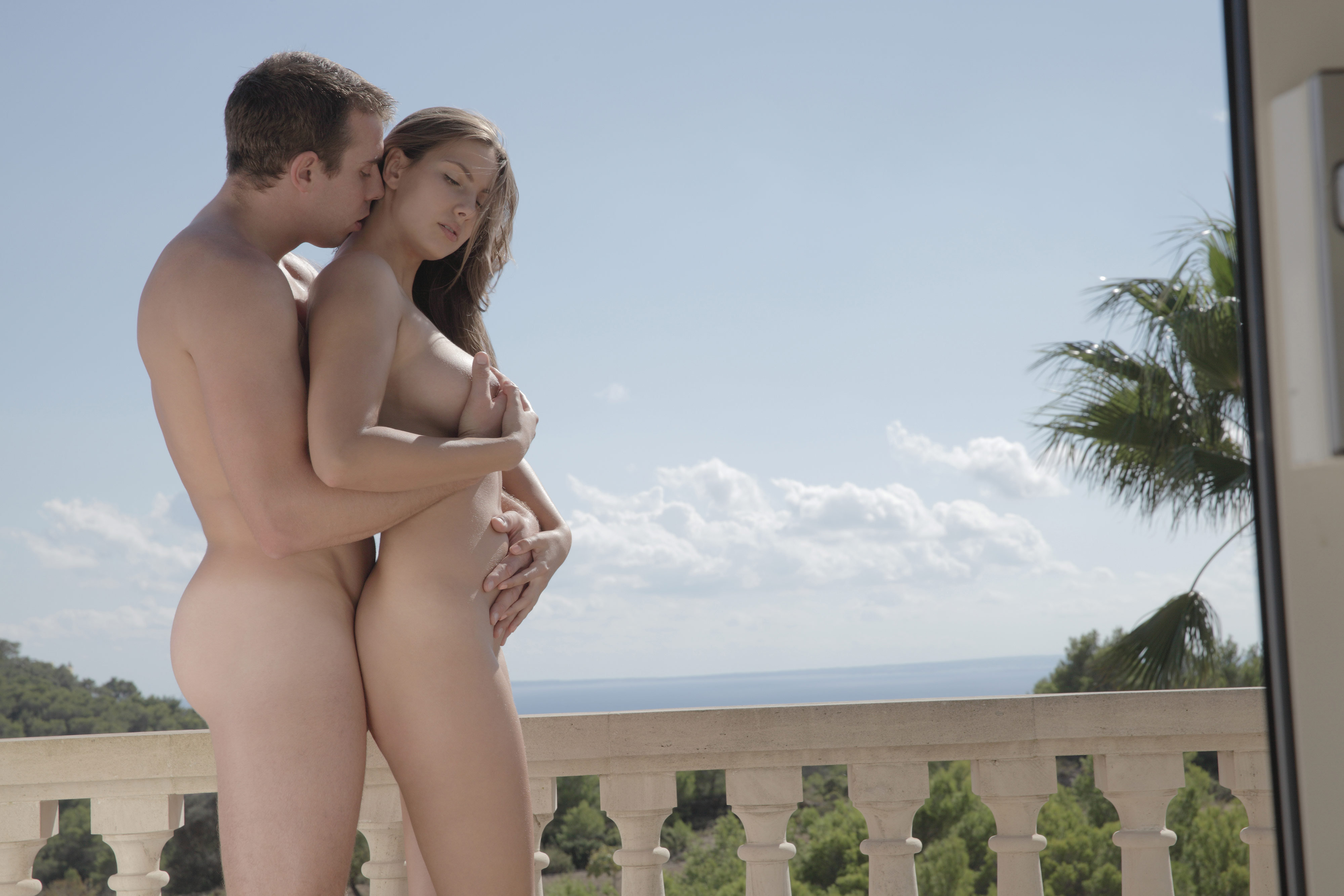 Nude public couples photos for download 8